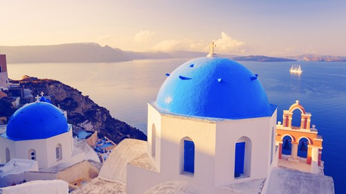 Trending: Greek Island Hopping
