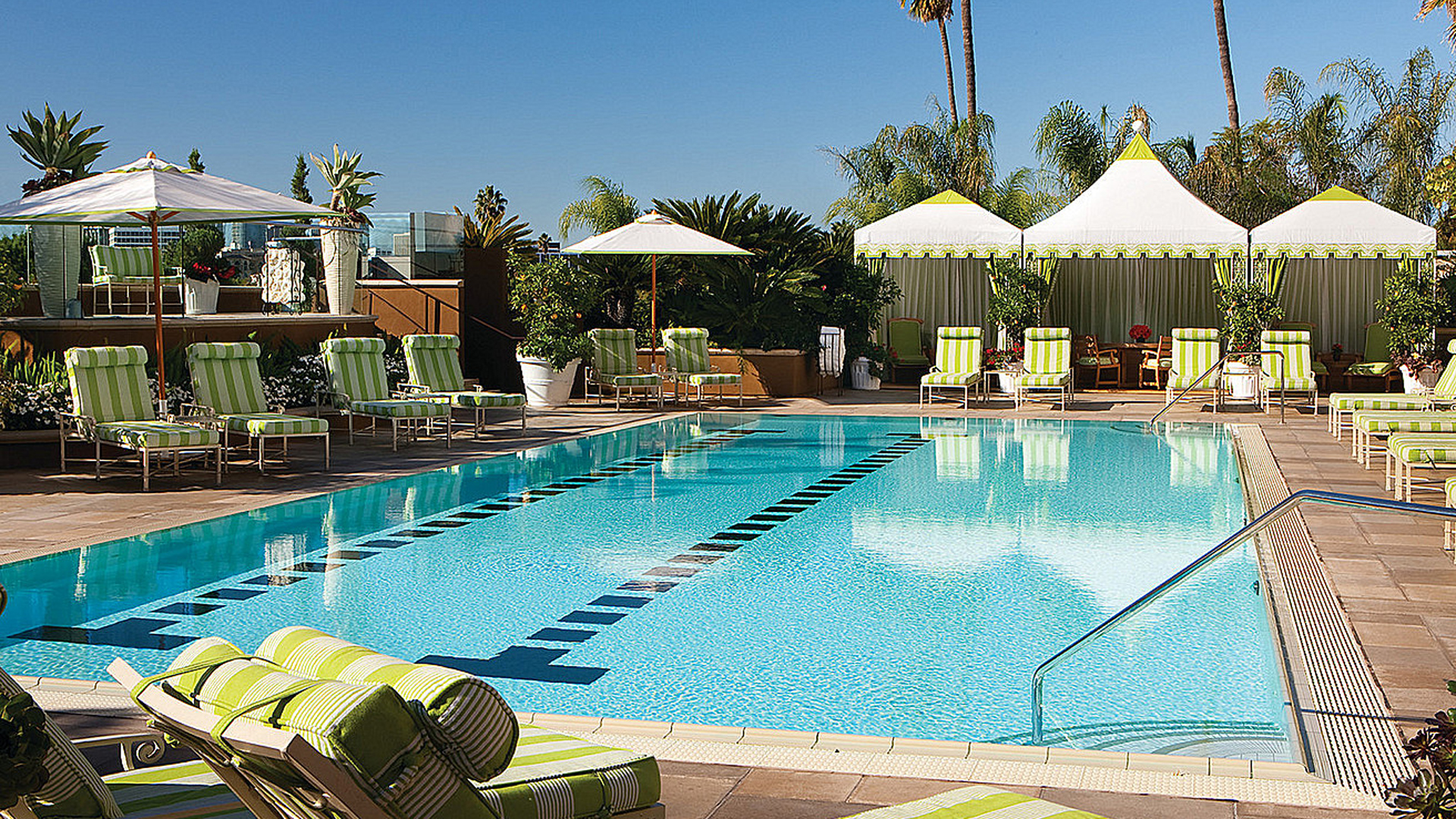 Book four seasons los angeles at beverly hills carrier - Best hotel swimming pools in california ...