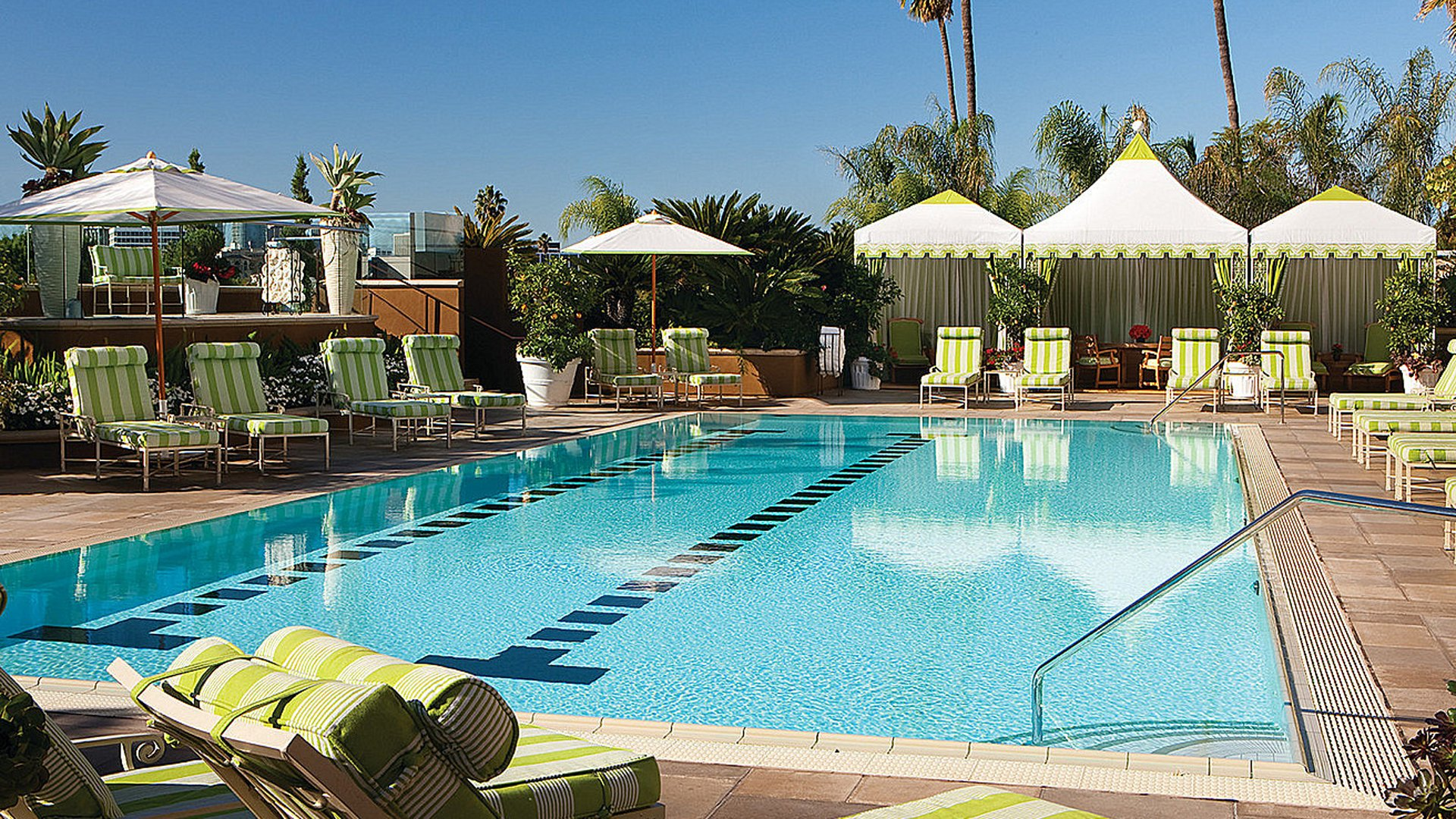 Book four seasons los angeles at beverly hills carrier - Uk hotels with outdoor swimming pools ...