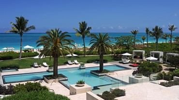 Fly to the Turks and Caicos