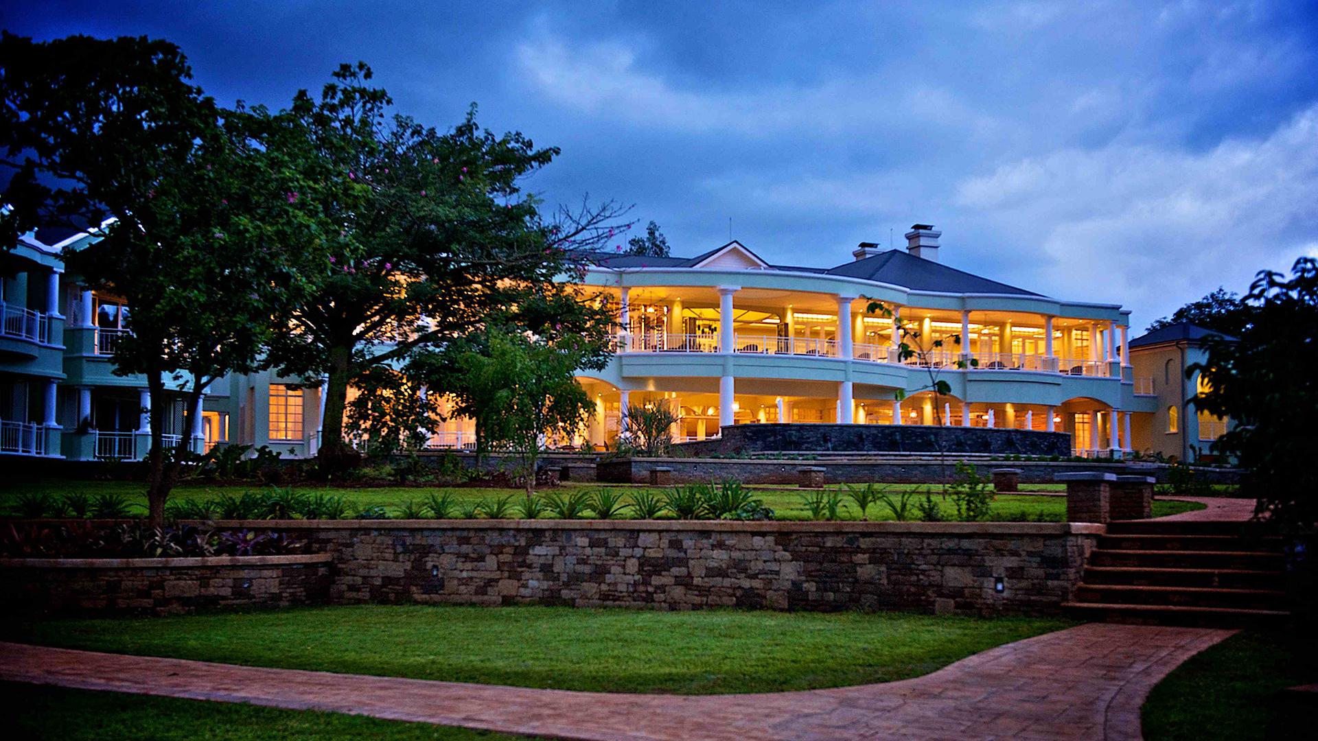 Book Hemingways Nairobi A Luxury Hotel In Kenya Carrier