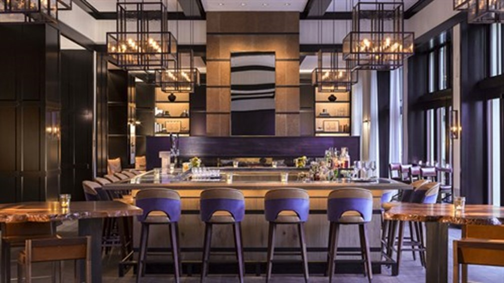 Four-Seasons-Resort-and-Residences-The-Remedy-Bar